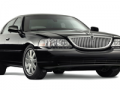 2010-lincoln-town-car.png